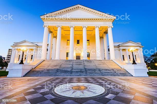 Richmond virginia state capitol picture id505970394?b=1&k=6&m=505970394&s=612x612&h=tdzobponhuu1wik5r3u6qmlsiwgsahlkv9pfueigasu=