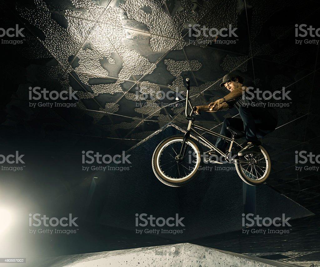 Bmx city extreme rider jump