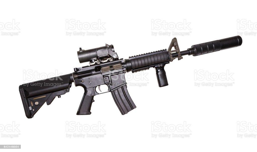 M15A4 Rifle isolado no fundo branco. Rifle das forças armadas. Fuzil de assalto. Arma militar - foto de acervo