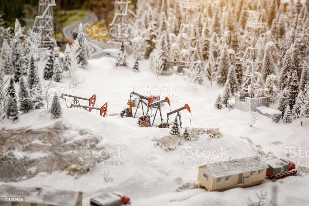 Rig für Extraktion Öl, Winter in den Bergen – Foto