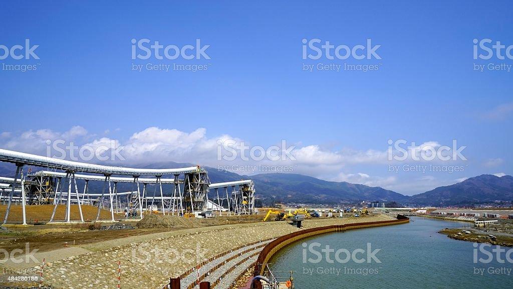 Rikuzen-takata donde la construcción es desarrollado para la rehabilitación - foto de stock