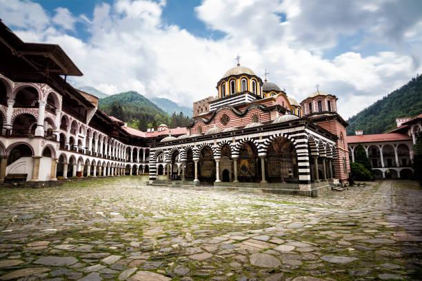 Rila Kloster, eines der wichtigsten touristischen Ziele und UNESCO-Site in Bulgarien – Foto