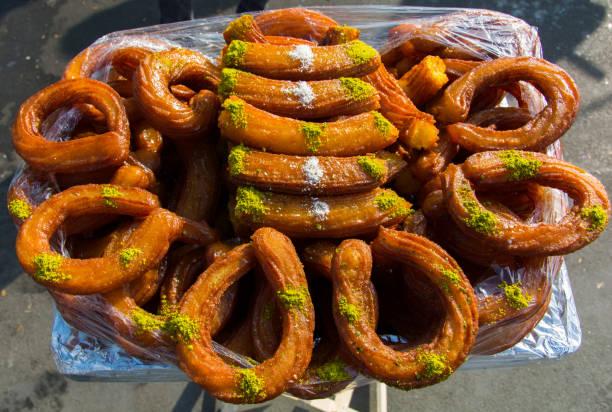 ring-dessert - promi schmuck stock-fotos und bilder