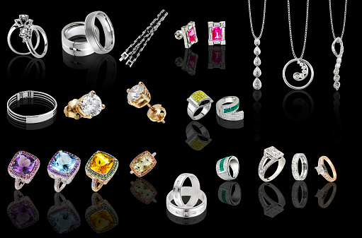 rings and pendants collection