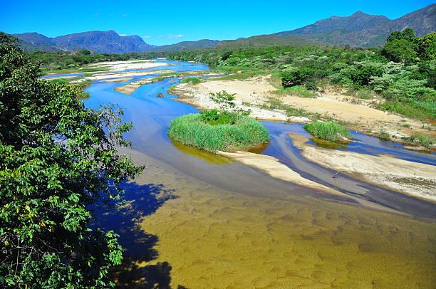 Rio Jequitinhonha - foto de acervo