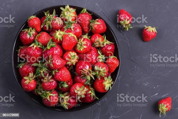 Foto de Deliciosos Morangos Vermelho e mais fotos de stock de Alimentação Saudável