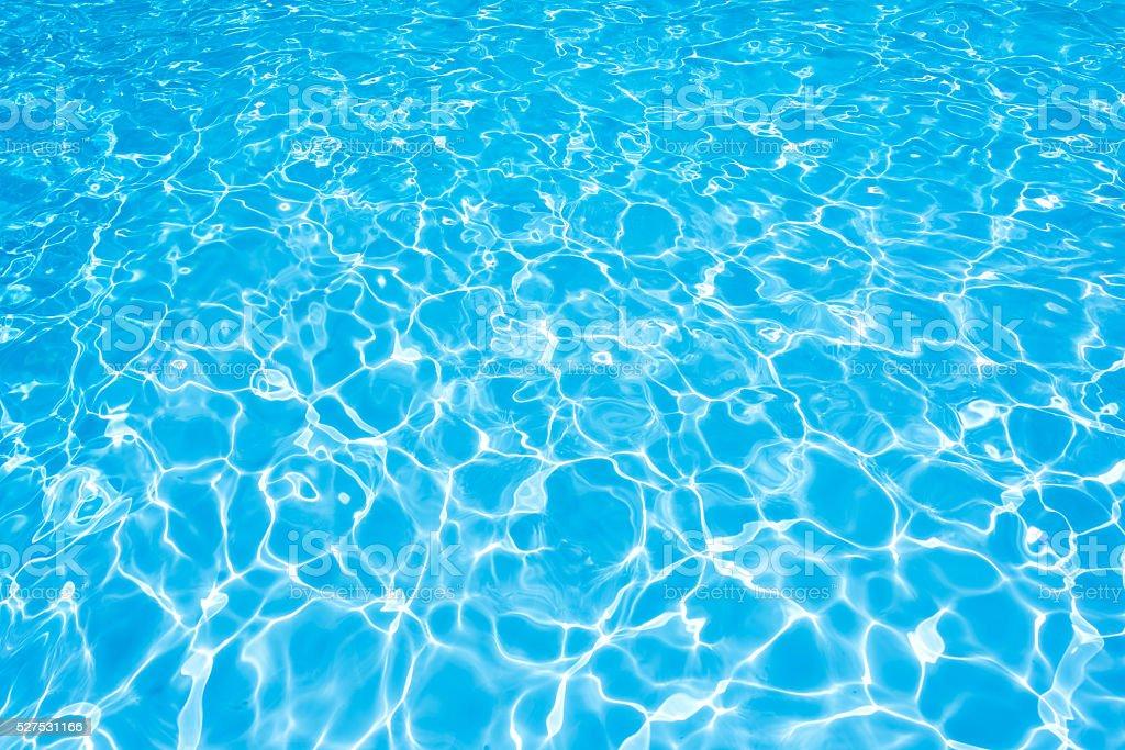 Ondas de agua en la piscina de contemplación Hacéte sol - foto de stock