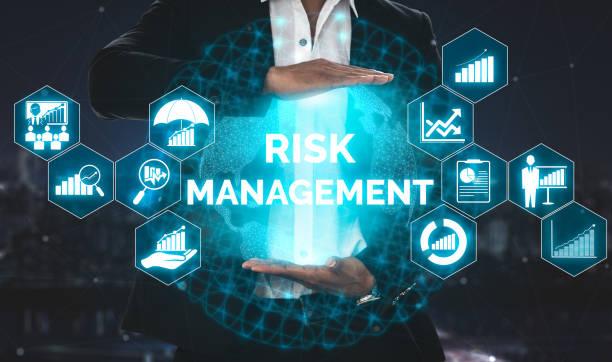 risikomanagement und -bewertung für unternehmen - leitende position stock-fotos und bilder
