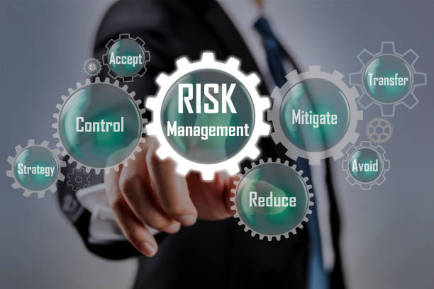risk management concept on - rischio foto e immagini stock