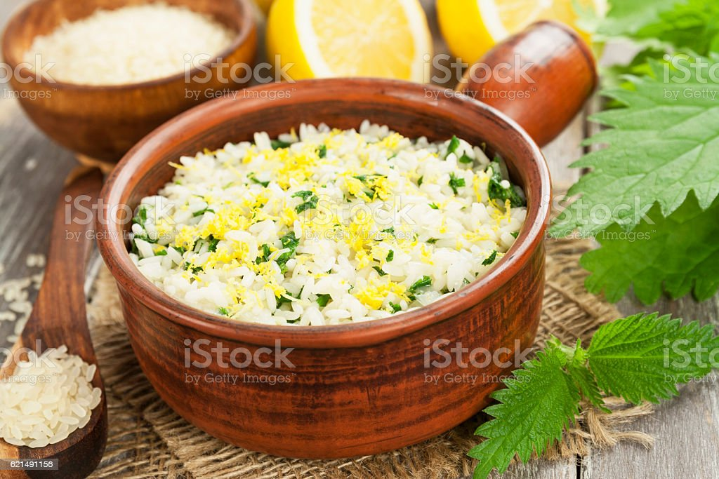 Risotto with nettles Lizenzfreies stock-foto
