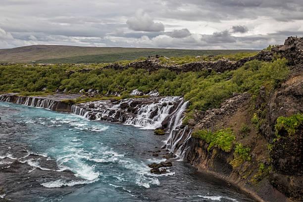 Fluss und den Wasserfall – Foto