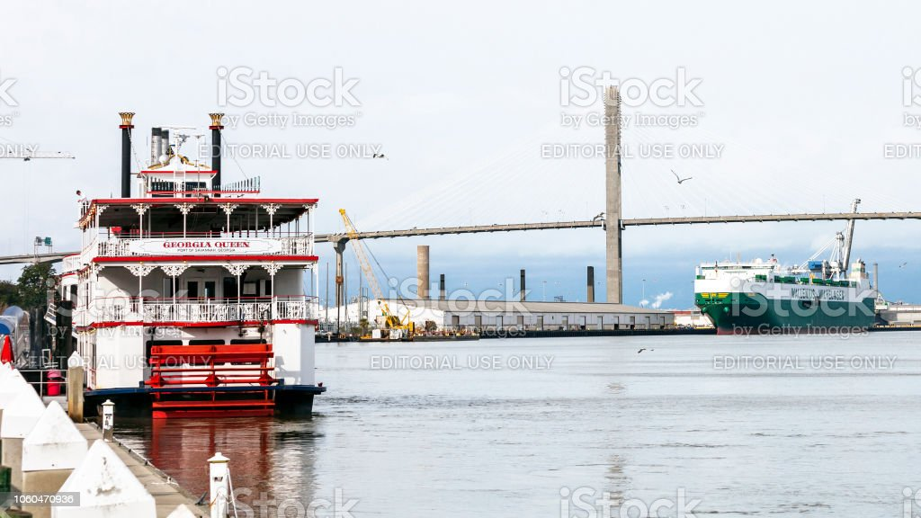 River cruise - Savannah, Georgia stock photo