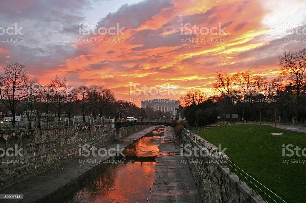Río en Viena, Austria foto de stock libre de derechos