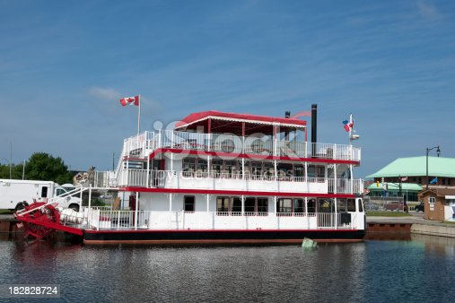 paddle-wheel cruise boat