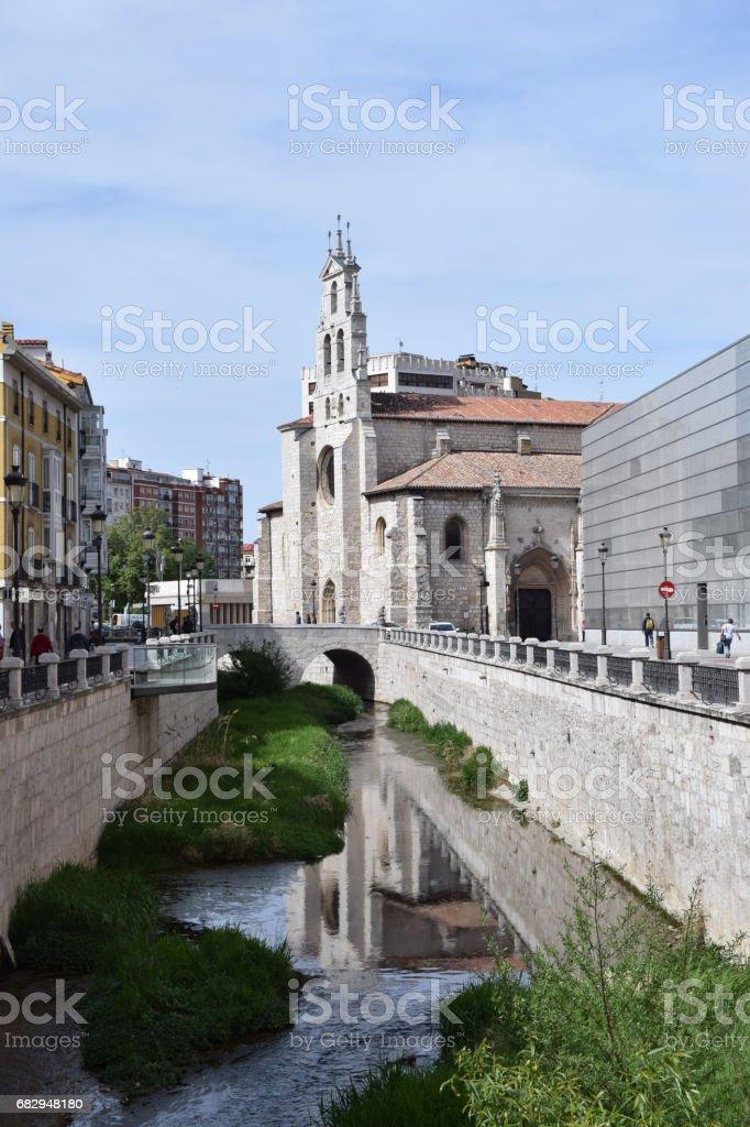 Centro histórico de la travesía de ríos. foto de stock libre de derechos