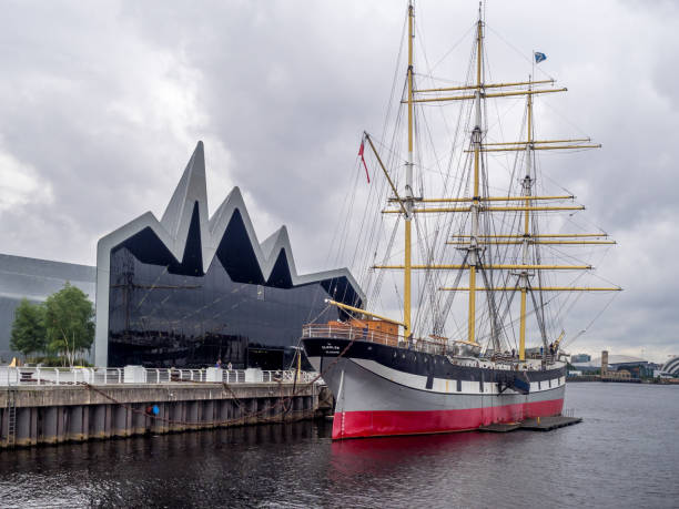 Riverside Museum, Glasgow Glasgow, UK - July 22, 2017: The historic Glenlee sailing ship along the Riverside Museum  in Glasgow, Scotland. The Riverside Museum is the Museum of Transport in Scotland. riverbank stock pictures, royalty-free photos & images