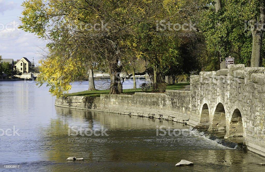 Promenade pittoresque en automne - Photo