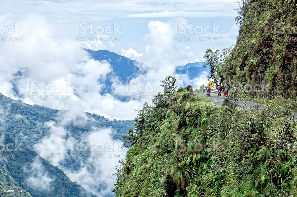 Road of death Bolivia turn – Foto