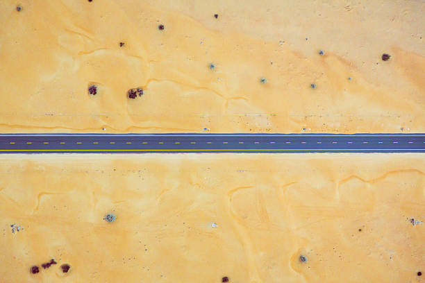 road running through the desert - straight stock photos and pictures