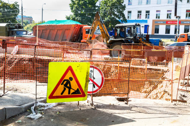 Verkehrsschilder auf der Baustelle – Foto