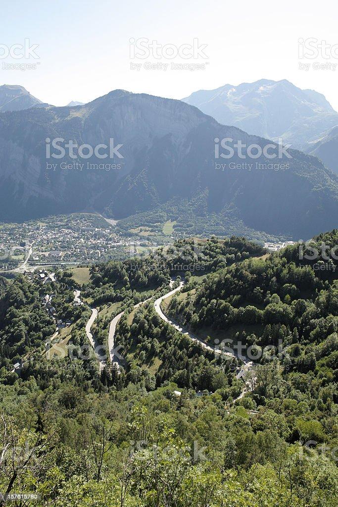 road to Alpe D' Huez in  Hautes Alpes France foto