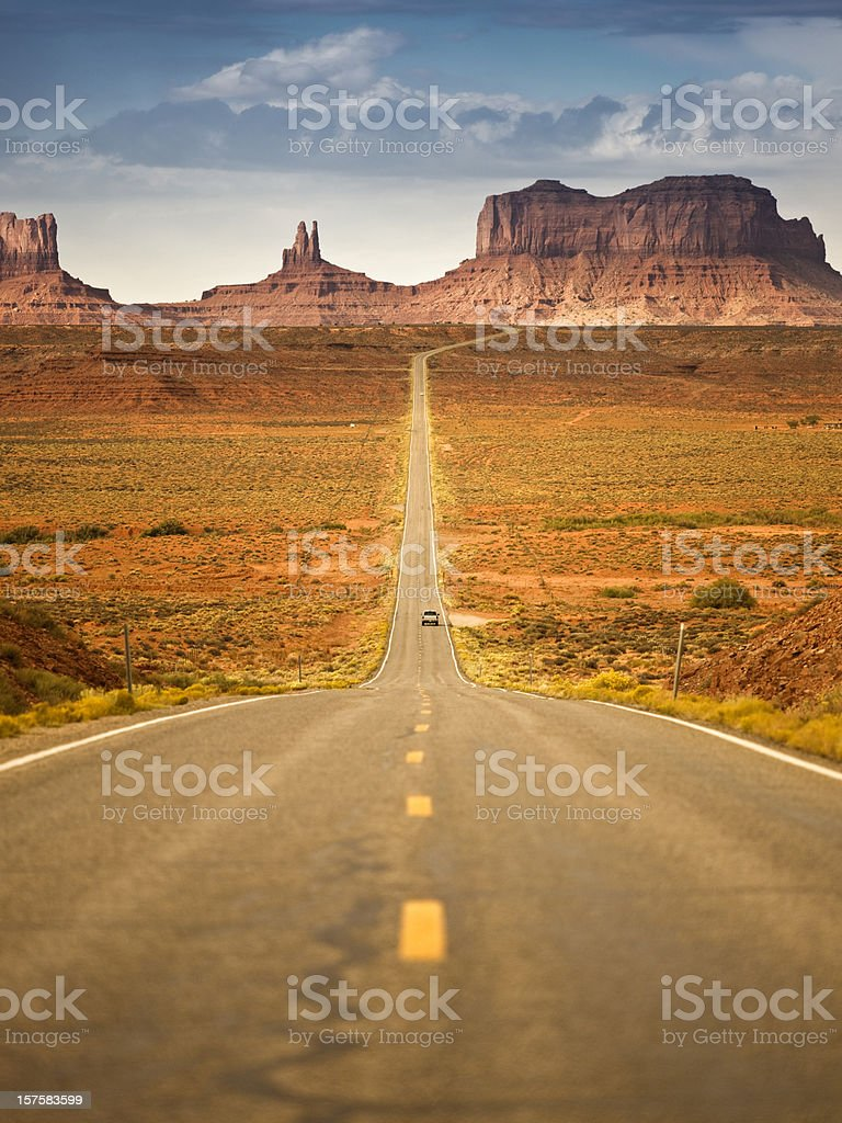 Road to Monument Valley Tribal Park royalty-free stock photo
