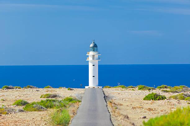 Road zum Leuchtturm – Foto