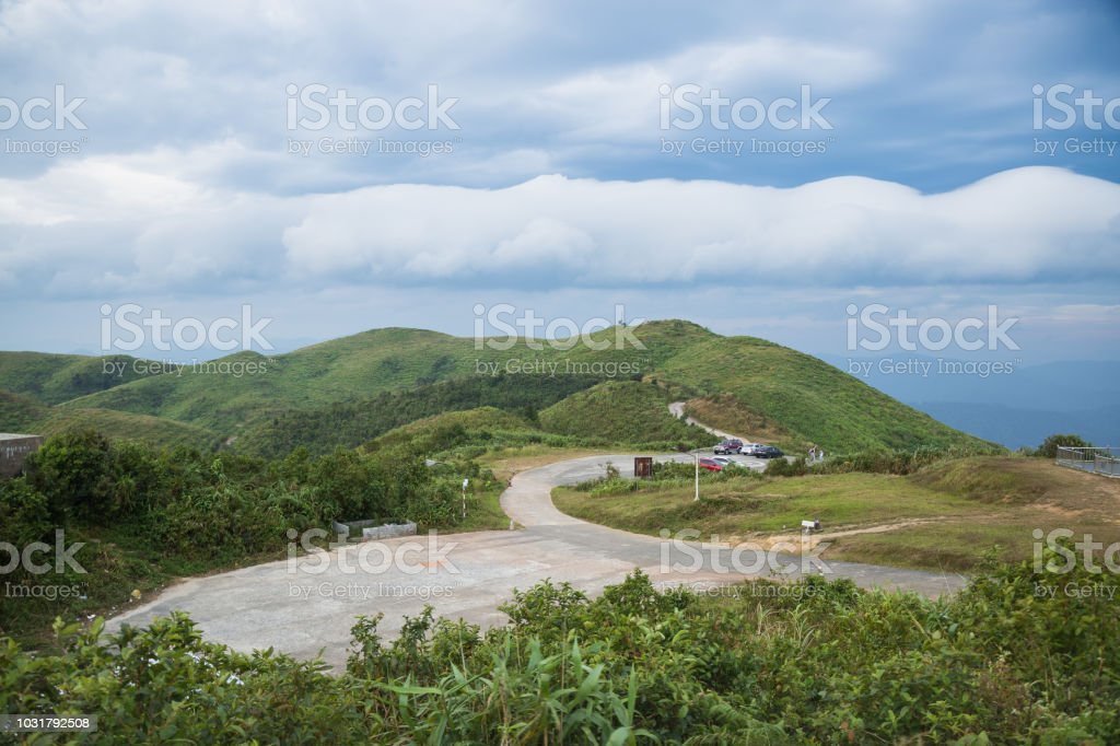 Straße auf den Berg. – Foto