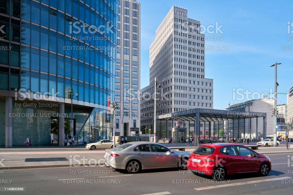 Road traffic at Potsdamer Platz in Berlin – Foto