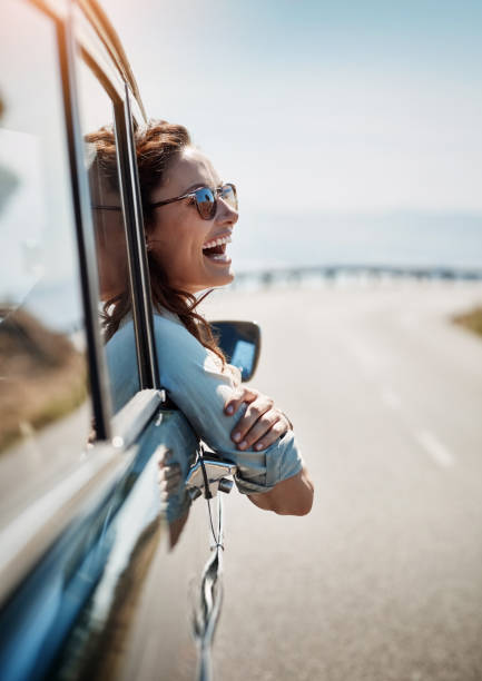road trips put me in a happy mood - wyprawa drogowa zdjęcia i obrazy z banku zdjęć