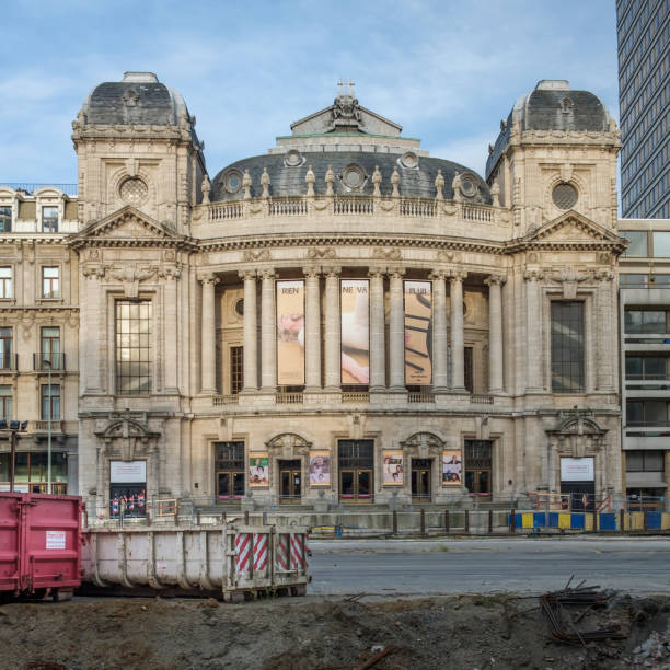 Road works in front of the Opera building Massive road works in front of the Antwerp Opera building, Thursday 8 June 2017, Antwerp, Belgium. werken stock pictures, royalty-free photos & images