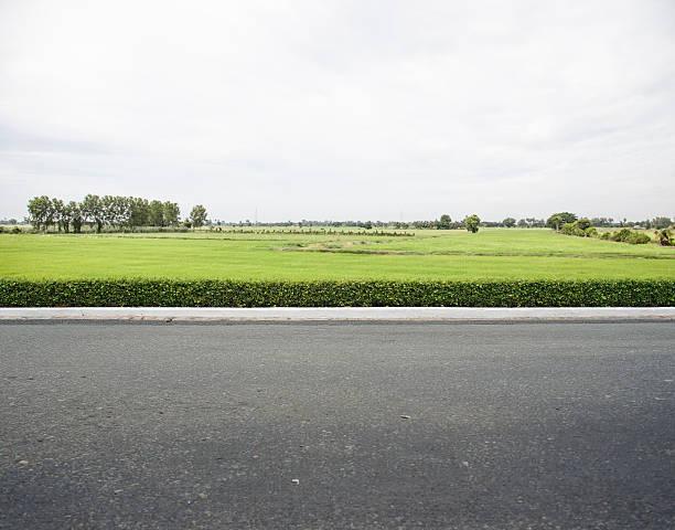 路傍 - 歩道 ストックフォトと画像