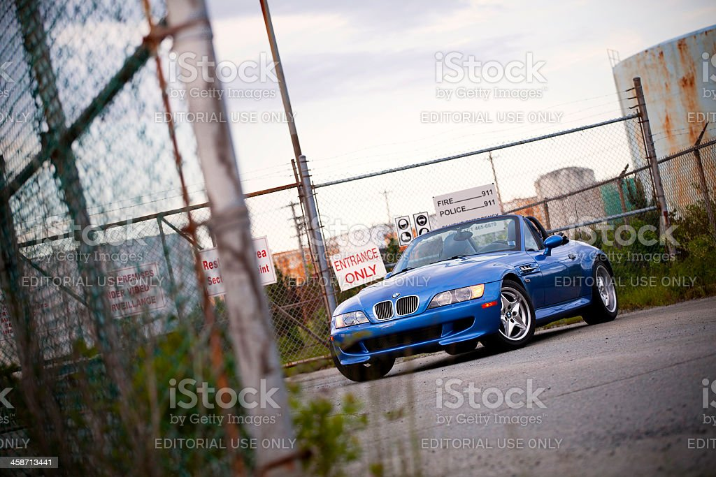 BMW M Roadster in Industrial District – Foto
