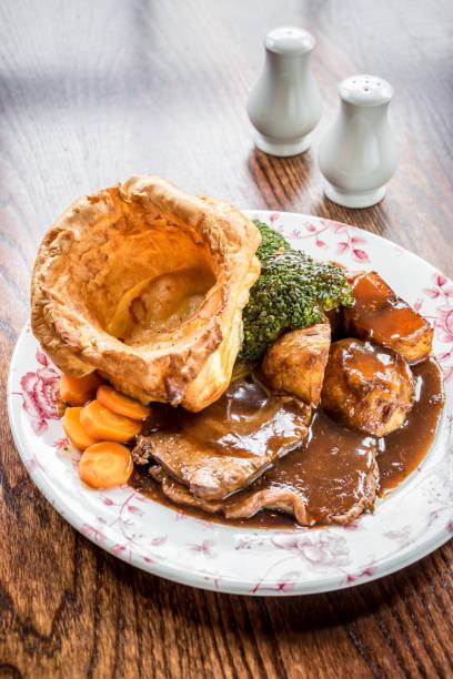 roast beef - jantar assado imagens e fotografias de stock