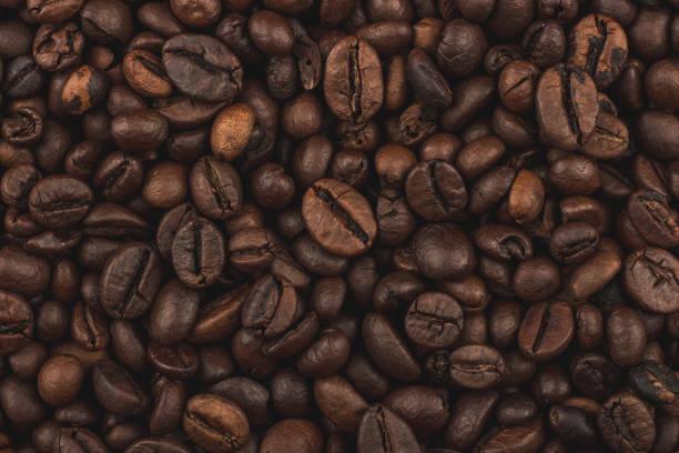 볶은 커피 콩. 배경, 클로즈업 평면도입니다. 건강 한 아침 식사입니다. - 카페 뉴스 사진 이미지