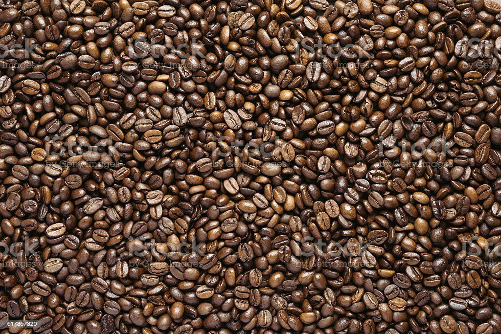 Roasted coffee beans closeup, top view – Foto