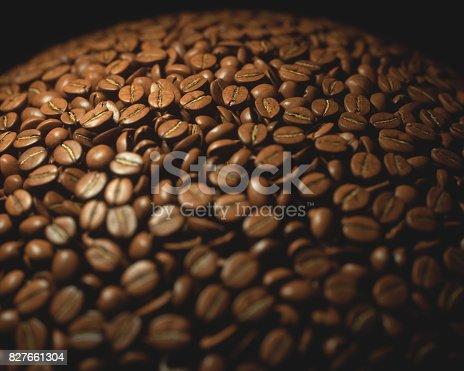 842365806 istock photo Roasted Coffee Beans 827661304