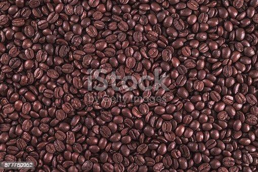 842365806 istock photo Roasted Coffee Beans 877780952