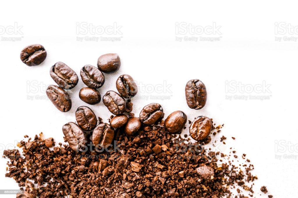 Roasted coffee white background - Concept design - fotografia de stock