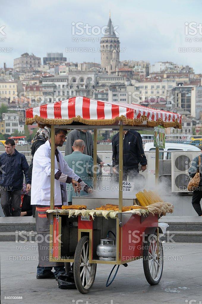 Maíz tostado, proveedor en Estambul - foto de stock