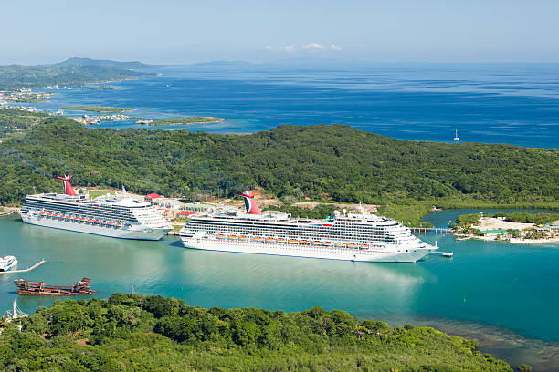 Roatan's Mahogany Bay cruise ship port  roatan stock pictures, royalty-free photos & images
