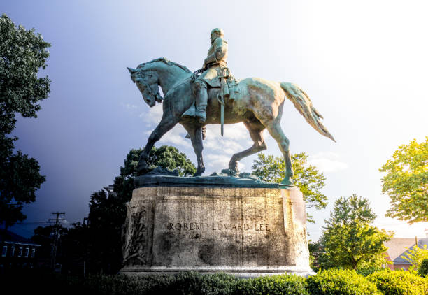 Robert E Lee Robert E Lee statue conflict african american civil war memorial stock pictures, royalty-free photos & images