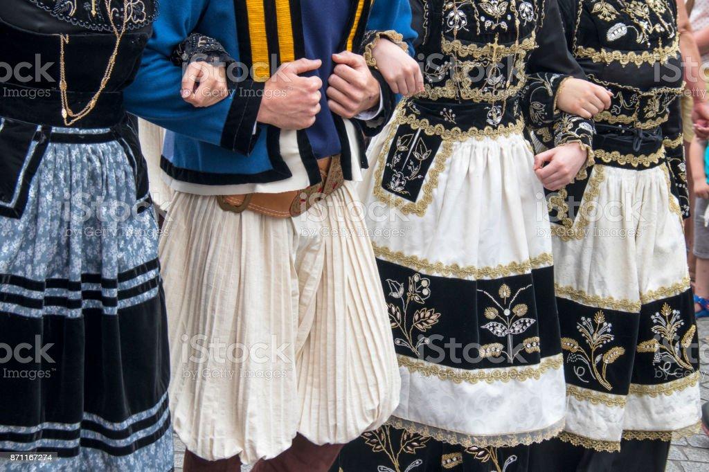 Roben Folkloriques Bretonnes Gießen statisch. Finistère, Bretagne – Foto