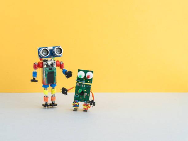roboter zurück zur schule - prototype stock-fotos und bilder