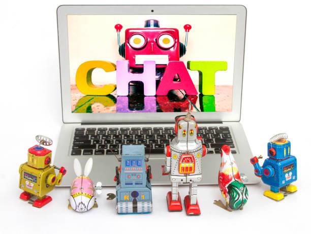 roboter-kinder erfahren sie mehr über chat bots - converse taylor stock-fotos und bilder