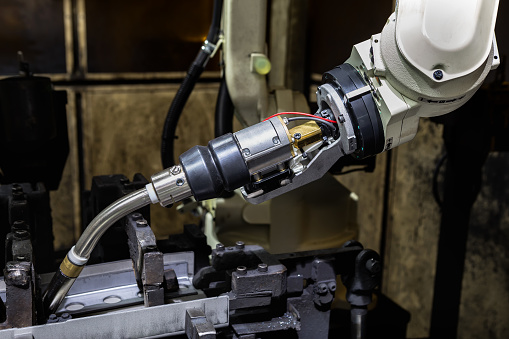 Robot Kaynak Modu Yaslanarak Yeni Programın Öğretim Olduğunu Stok Fotoğraflar & Araba - Motorlu Taşıt'nin Daha Fazla Resimleri