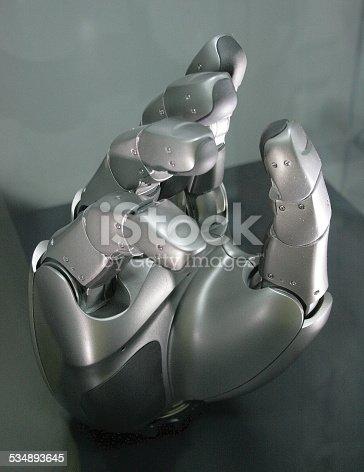 istock Robotic hand 534893645
