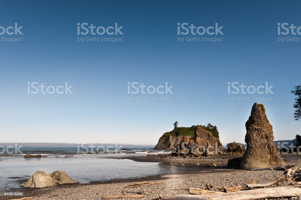 rock and quiet beach of Ruby Beach stock photo