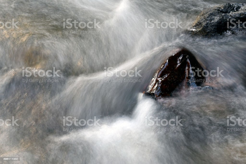 Rock and water stream in nature – Foto
