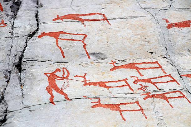 rock carvings alta - mağara resmi stok fotoğraflar ve resimler